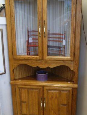 Corner Cabinet Hutch