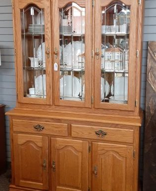 Amish  China Hutch
