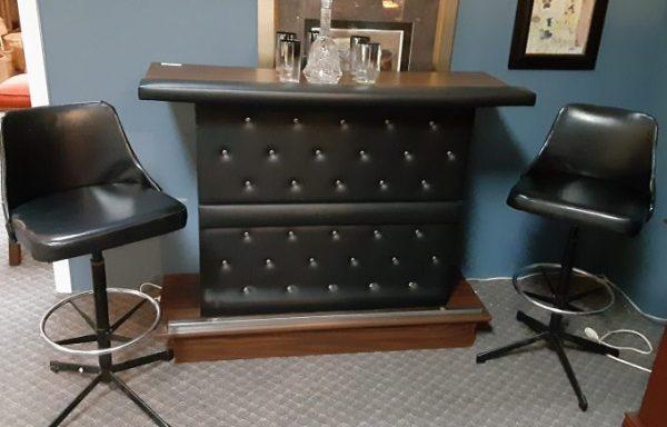 Vintage Folding Bar And Swivel Counter Bar Stool Set