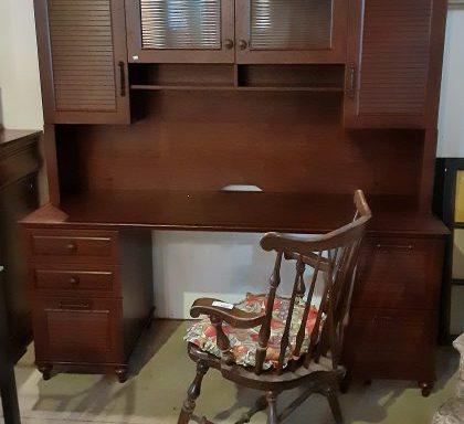 2 Piece Modern Hutch Desk