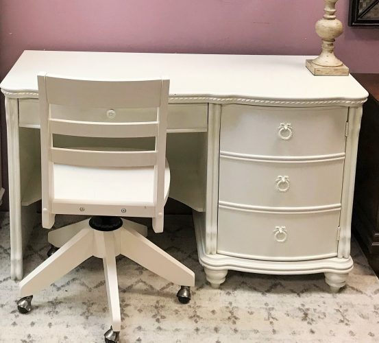 American Signature White Desk And Chair