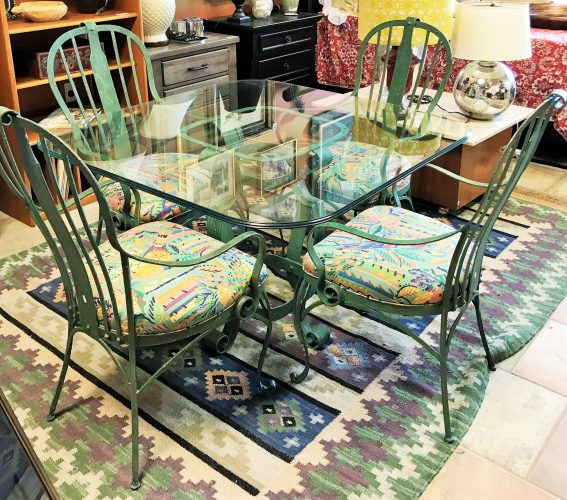 Colorful 5 Piece Wrought Iron Table And Chairs