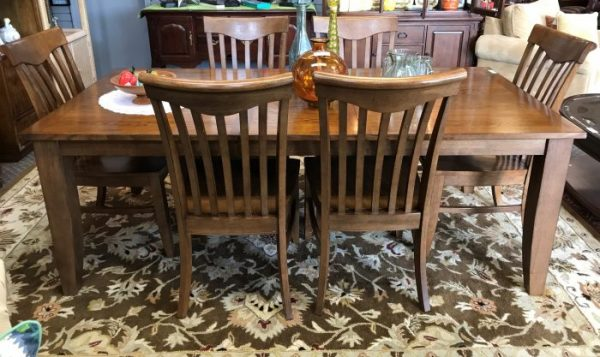 8 Piece Dining Room Table and Chairs