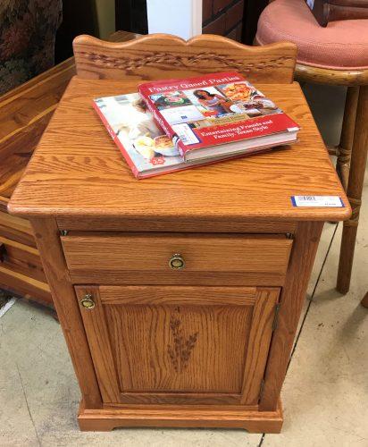 Amish Oak Cabinet