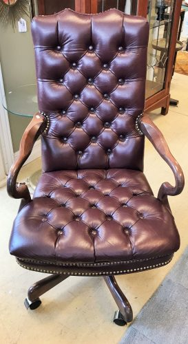 Burgundy Swivel Tufted Leather Executive Arm Chair with Hobnail