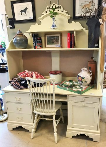 Lexington Desk With Hutch And Chair