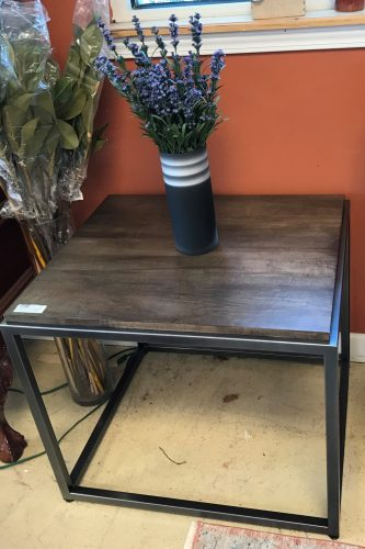 New~ Bassett Furniture Co Side Accent Table