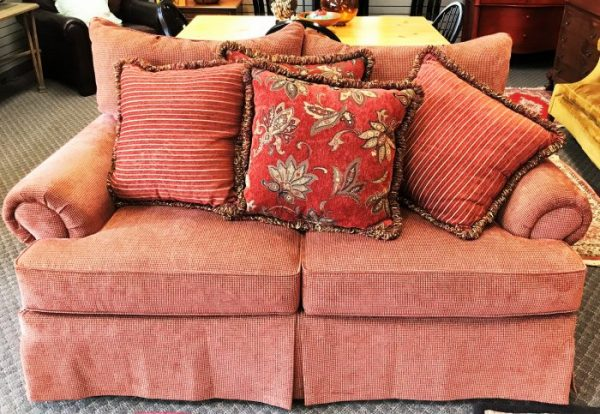 Craftsman Furniture Co Love Seat With Pillows